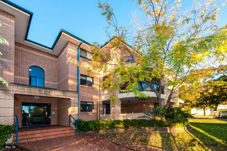 OpenAgent - 4/25A Good Street, Westmead NSW 2145