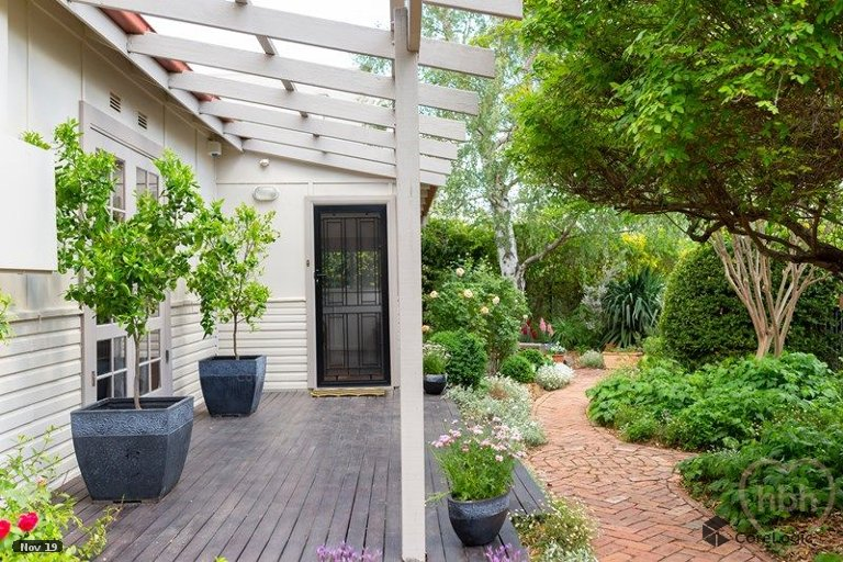 OpenAgent - 10 Angas Street, Ainslie ACT 2602