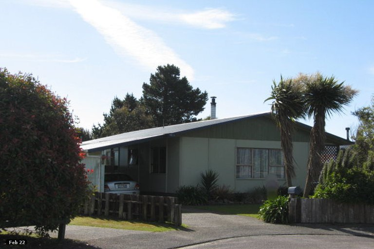 Photo of property in 11 Martin Place, Carters Beach, Westport, 7825