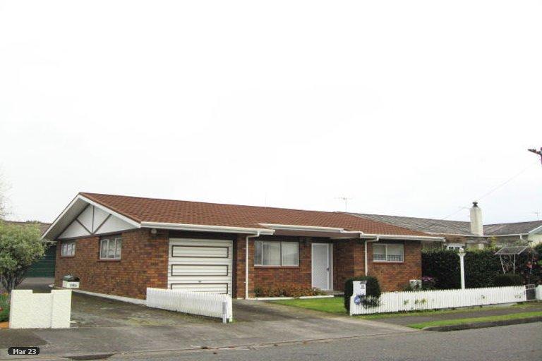 Photo of property in 14 Tokomaru Street, Welbourn, New Plymouth, 4312