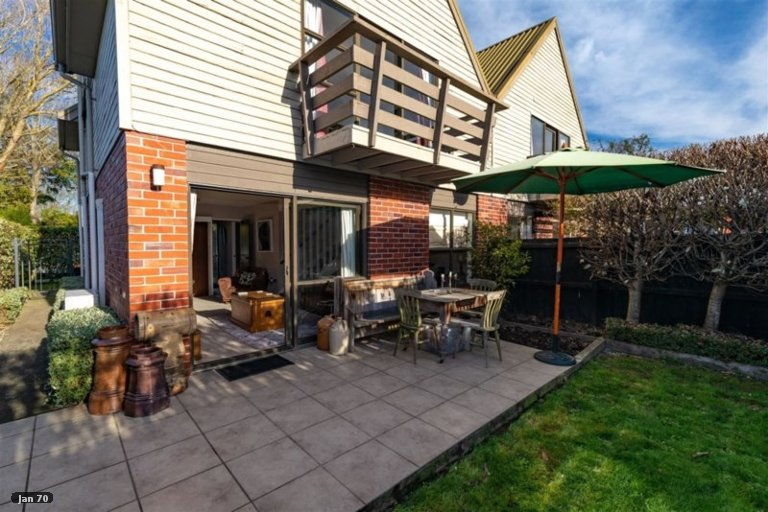 Property photo for 2/23 Blair Avenue, Papanui, Christchurch, 8053