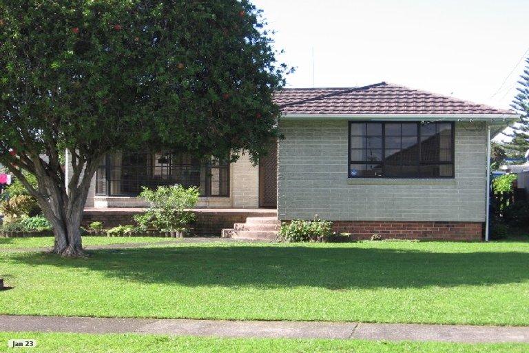 Property photo for 45 Dale Crescent, Pakuranga, Auckland, 2010