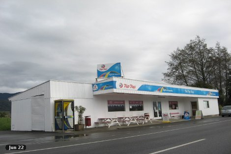Photo of property in 21 Willow Street Takaka Tasman District
