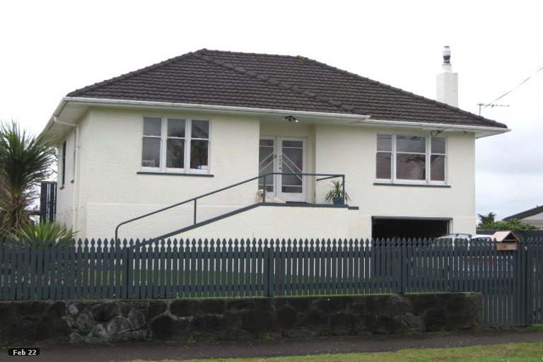 Photo of property in 16 Turi Street, Welbourn, New Plymouth, 4312