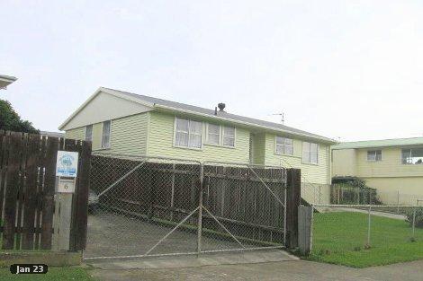 Photo of property in 4 Beauzami Crescent Ascot Park Porirua City