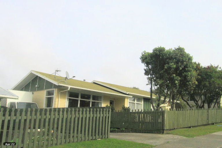 Photo of property in 421 Warspite Avenue, Ascot Park, Porirua, 5024