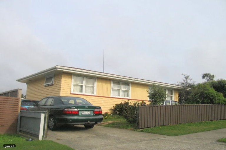 Photo of property in 425 Warspite Avenue, Ascot Park, Porirua, 5024
