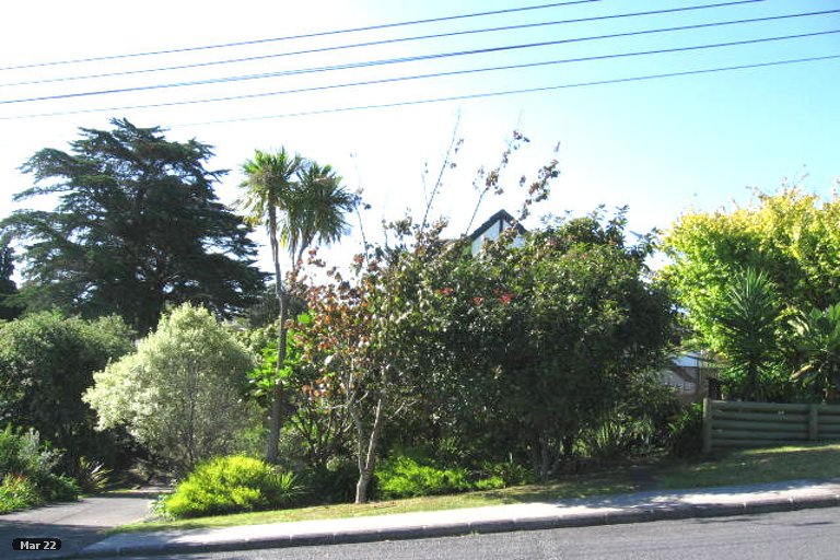 Property photo for 1/1 Killarney Avenue, Torbay, Auckland, 0630