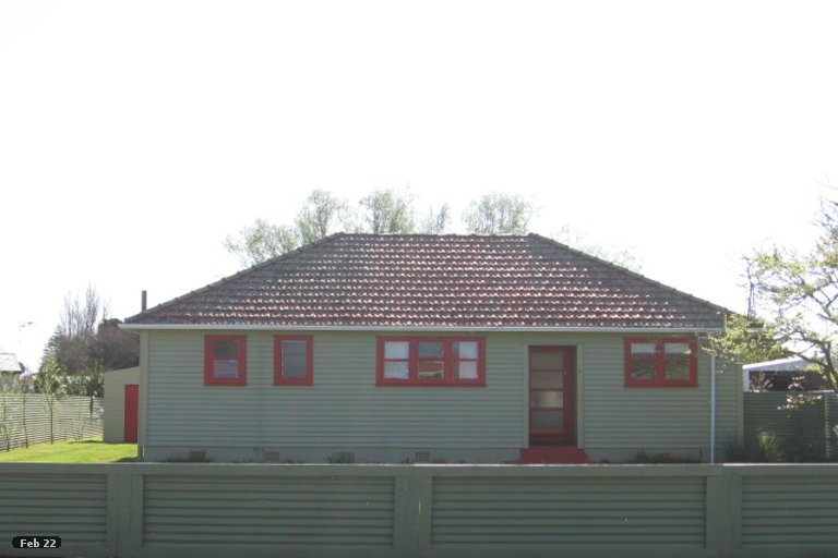 Photo of property in 7 Churchill Crescent, Foxton, 4814