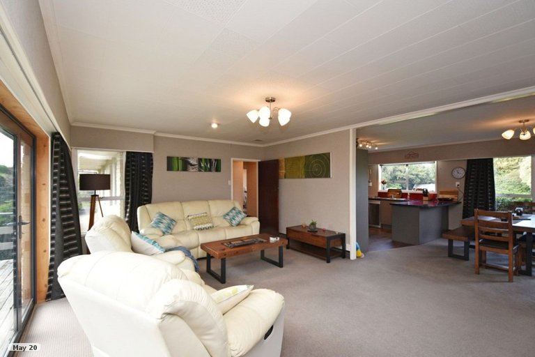Property photo for 18 Robert Street, Otatara, Invercargill, 9879