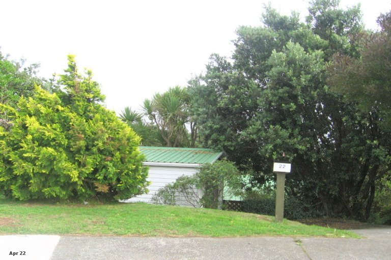 Photo of property in 22 Toporoa View, Ascot Park, Porirua, 5024
