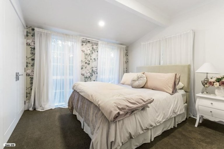 Property photo for 1 Almond Grove, Greenhithe, Auckland, 0632
