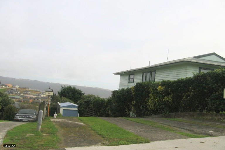 Photo of property in 16 Toporoa View, Ascot Park, Porirua, 5024