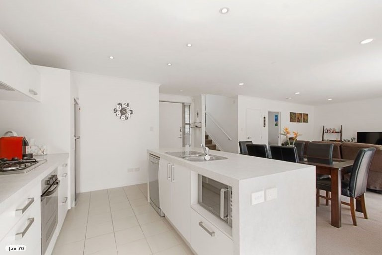 Property photo for 35 Figaro Crescent, Takanini, 2112