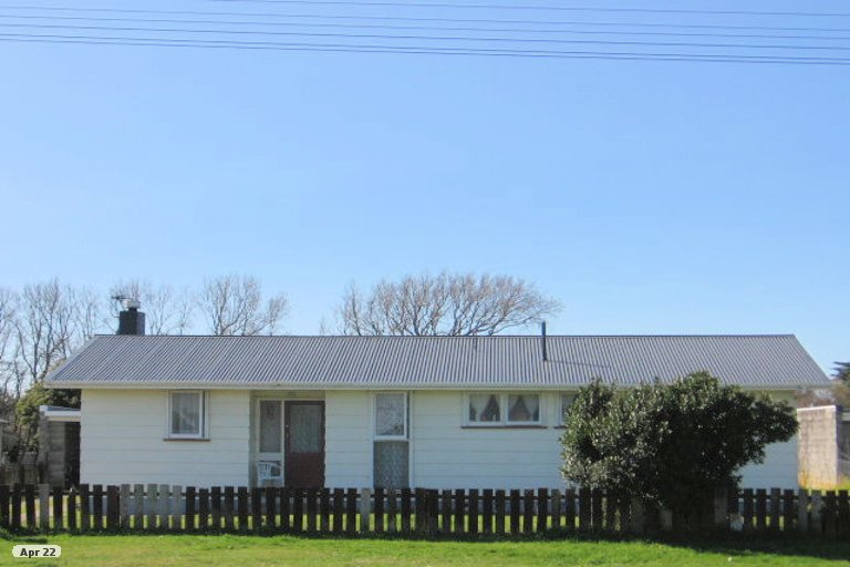 Photo of property in 83 Avenue Road, Foxton, 4814