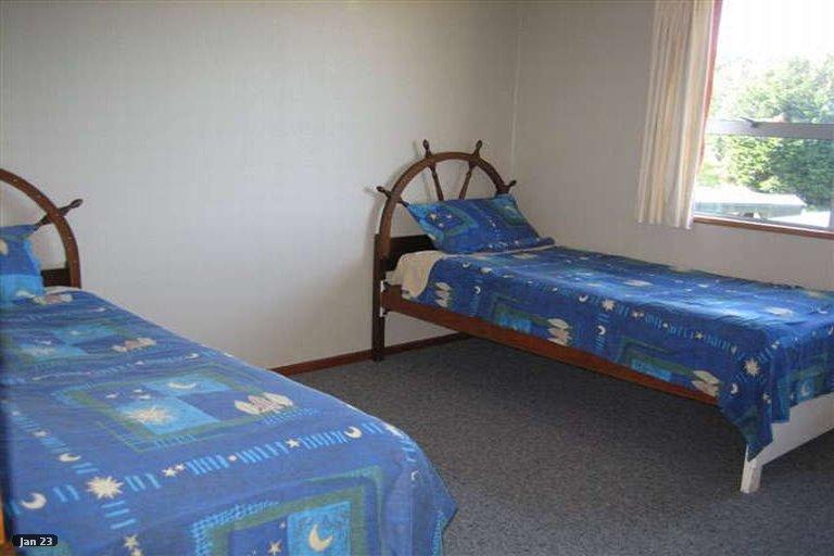 Photo of property in 9 Kowhai Lane, Halfmoon Bay, Stewart Island, 9818