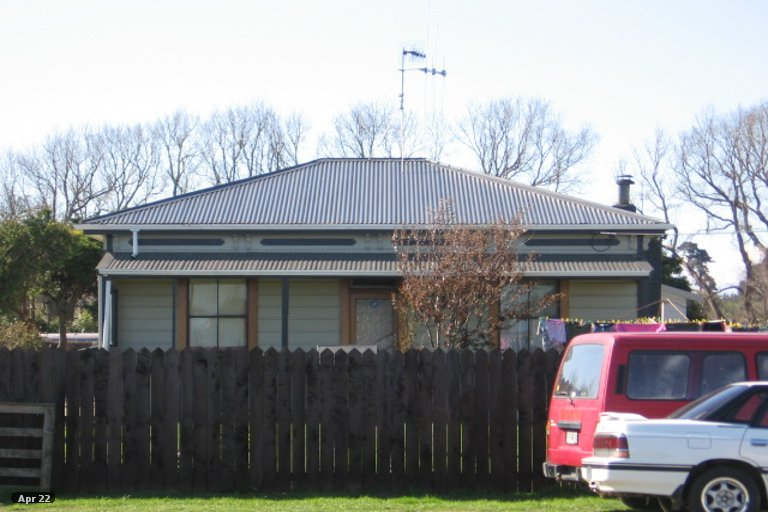 Photo of property in 79 Avenue Road, Foxton, 4814