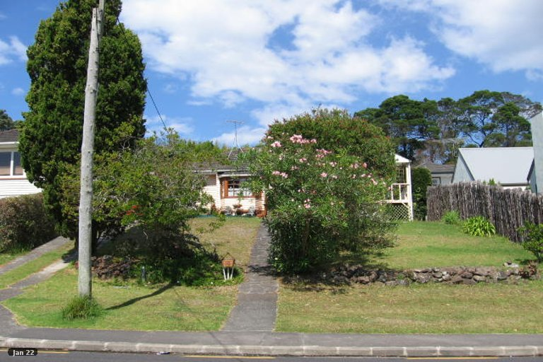 Property photo for 10 Alexander Avenue, Torbay, Auckland, 0630