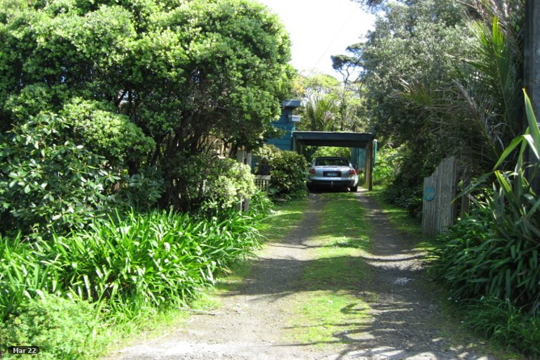 Property photo for 28 Tasman View Road, Bethells Beach, 0781