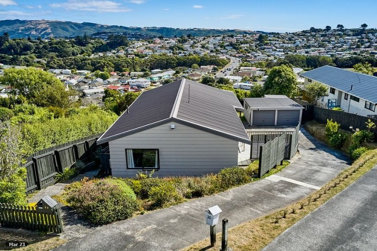 Photo of property in 22 Staysail Place, Whitby, Porirua, 5024