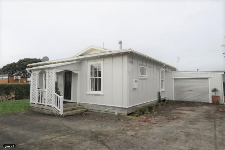 Photo of property in 211A Coronation Avenue, Welbourn, New Plymouth, 4310