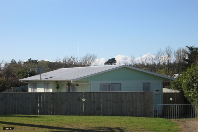 Photo of property in 69A Avenue Road, Foxton, 4814
