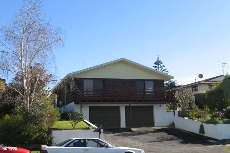 Property photo for 24 Lachlan Drive, Dinsdale, Hamilton, 3204