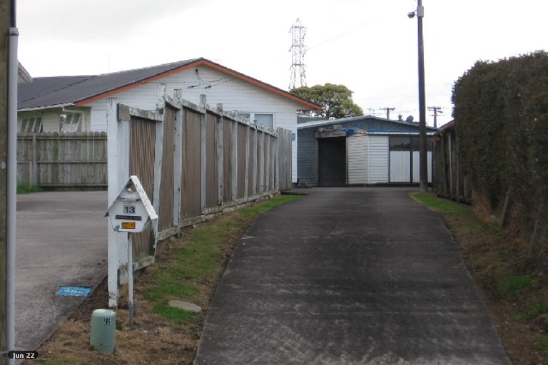 Property photo for 13 Aurea Avenue, Pakuranga, Auckland, 2010
