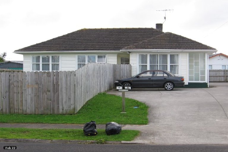 Property photo for 15 Aurea Avenue, Pakuranga, Auckland, 2010