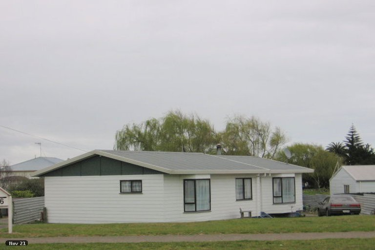 Photo of property in 58 Avenue Road, Foxton, 4814