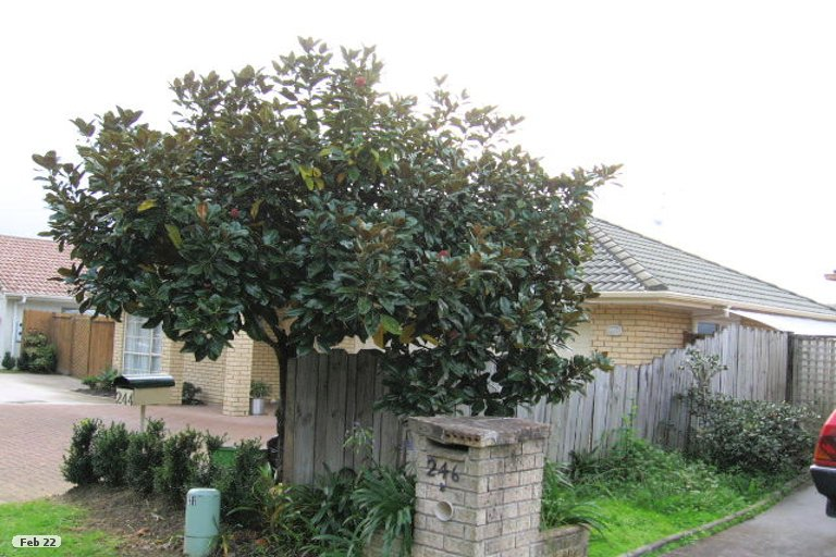 Property photo for 244 Cascades Road, Botany Downs, Auckland, 2010