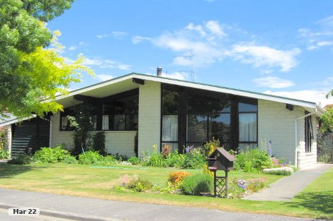 Photo of property in 2 Holcroft Court Rangiora Waimakariri District