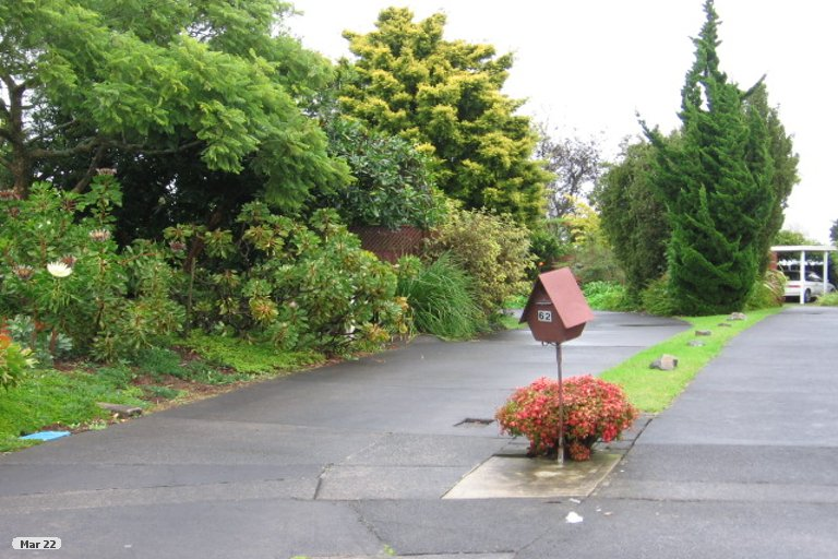 Property photo for 2/60 Aurea Avenue, Pakuranga, Auckland, 2010