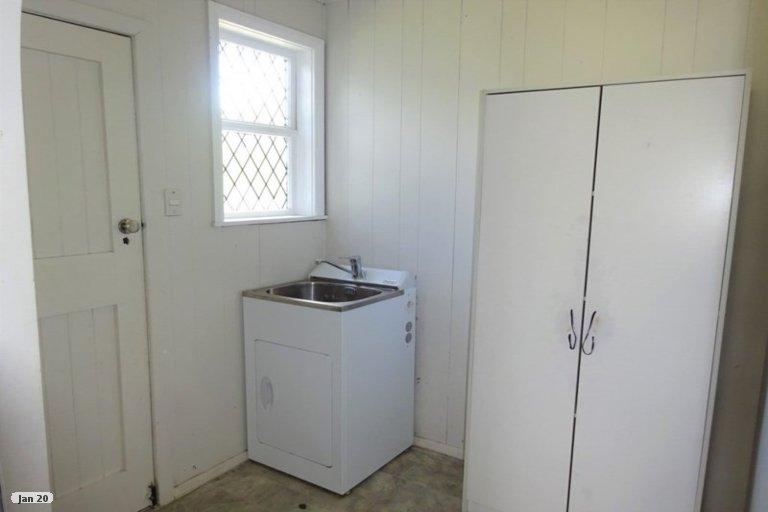 Photo of property in 19 Easton Street, Foxton, 4814