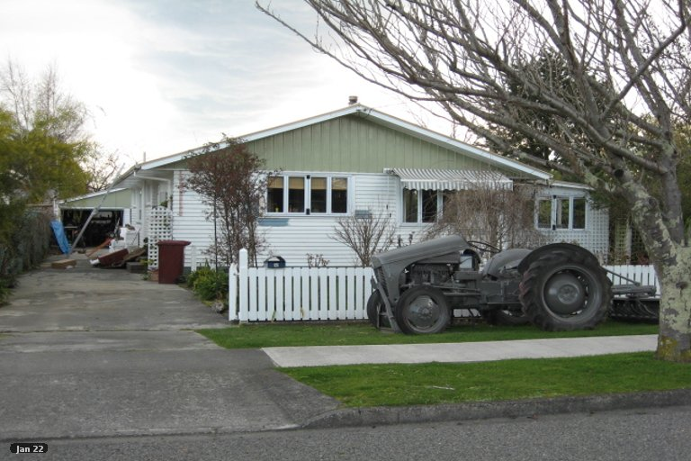 Property photo for 32 Jellicoe Street, Greytown, 5712