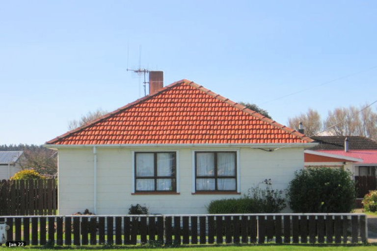Photo of property in 33 Avenue Road, Foxton, 4814