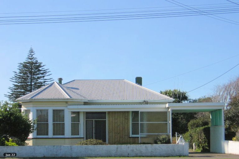 Photo of property in 25 Avenue Road, Foxton, 4814