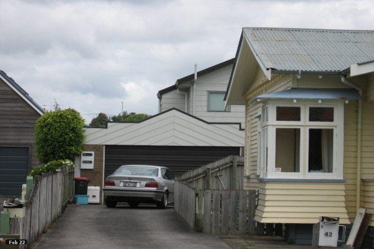 Property photo for 2/42 Walmer Road, Point Chevalier, Auckland, 1022