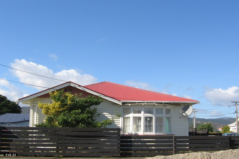 Photo of property in 22 Aurora Street, Petone, Lower Hutt, 5012