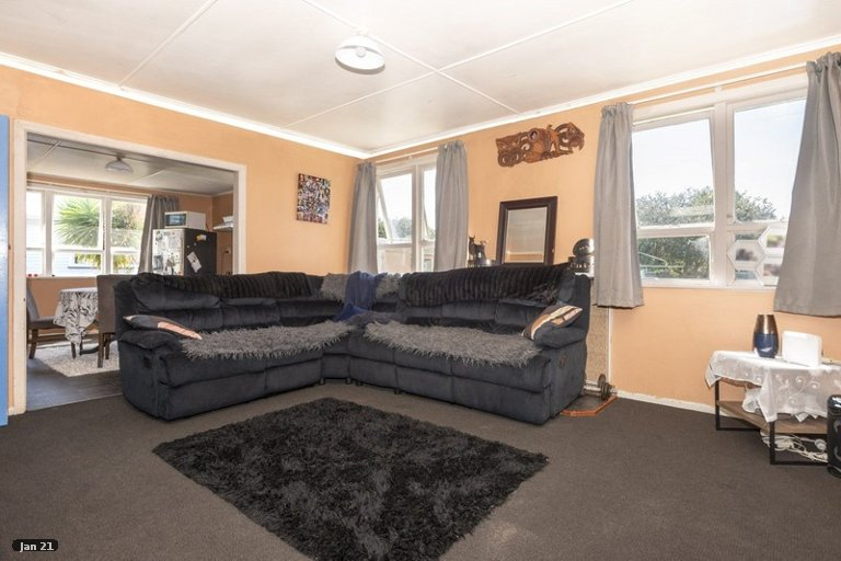 Photo of property in 5 Cavendish Crescent, Outer Kaiti, Gisborne, 4010