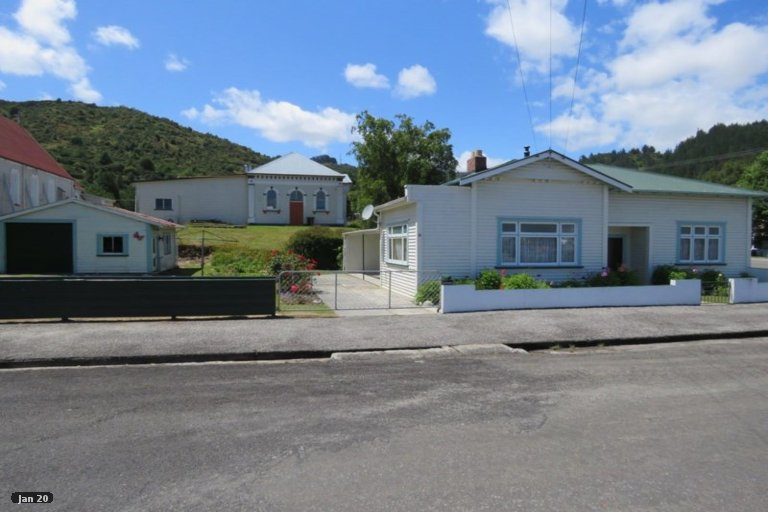 Property photo for 35 Walsh Street, Reefton, 7830