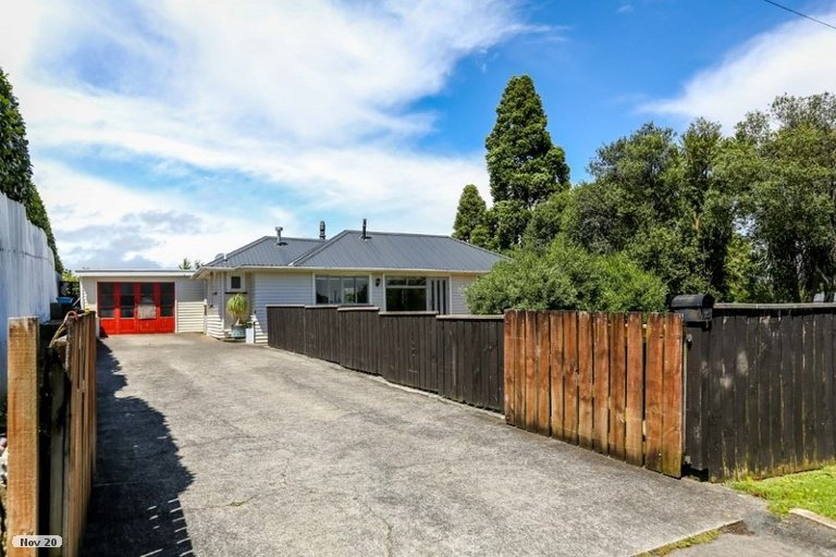 Photo of property in 10 Junction Street, Welbourn, New Plymouth, 4310