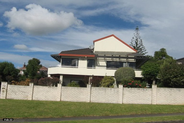 Property photo for 12 Pitlochry Place, Highland Park, Auckland, 2010
