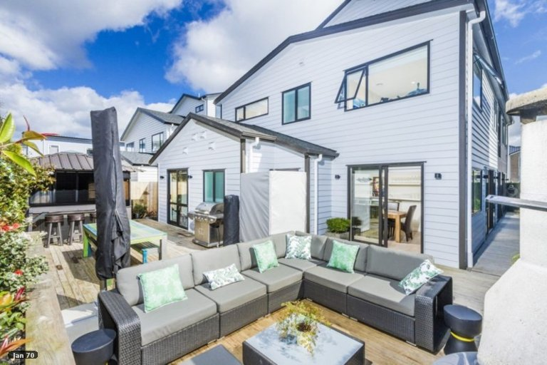 Property photo for 6 Turutu Place, Long Bay, Auckland, 0630