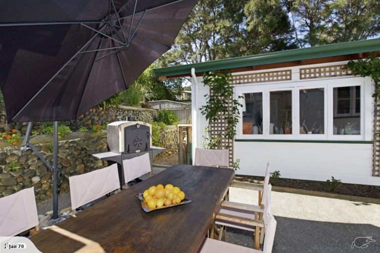 Photo of property in 87 Point Road, Monaco, Nelson, 7011