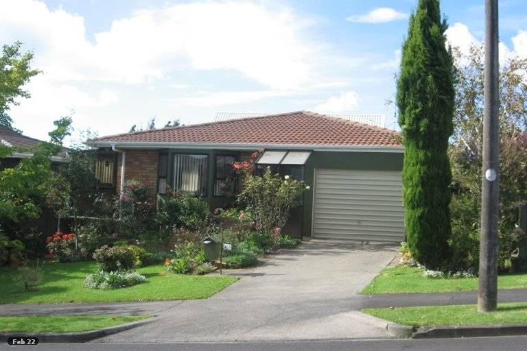 Property photo for 2/2 Pitlochry Place, Highland Park, Auckland, 2010