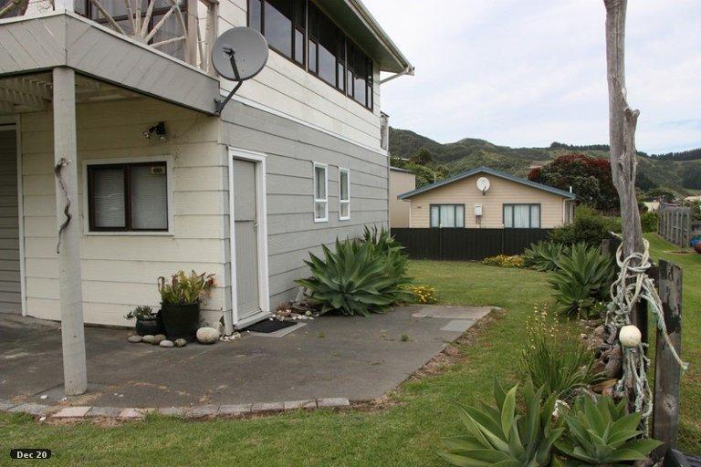 Photo of property in 5 Bill Nolan Place, Mahia, 4198