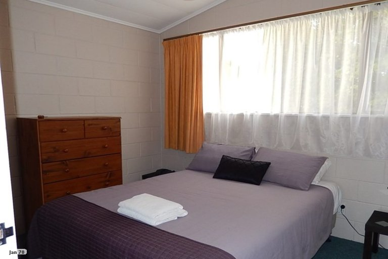 Photo of property in 4/119 Junction Road, Highlands Park, New Plymouth, 4312