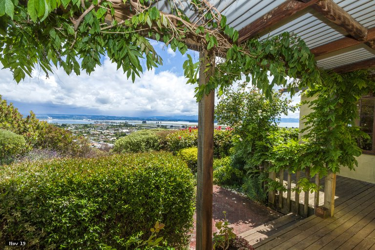 Photo of property in 33 Coster Street, Enner Glynn, Nelson, 7011