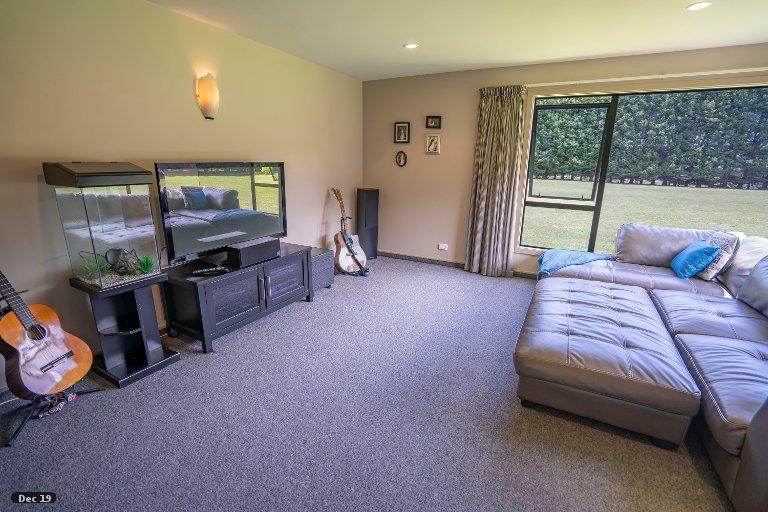 Property photo for 5 Raeburn Avenue, Otatara, Invercargill, 9879